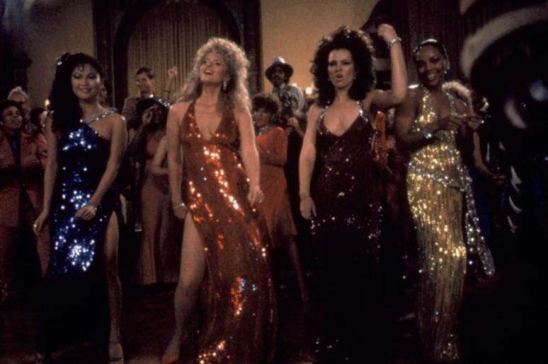 """Donna Dixon [ao centro] em """"Doutor Detroit e Suas Mulheres"""""""